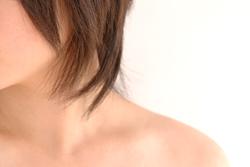 頭を支える首から腕を支える背中までの筋肉の疲労